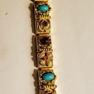 unknown Jewelry - Gold tone vintage bracelet